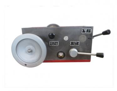 CM6125-05溜板箱